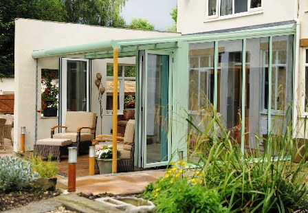 An example of a lean-to style conservatory